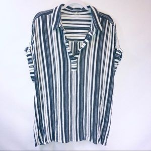 Jane and Delancy gray and white striped blouse
